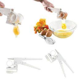 2019 palomas de plastico Galleta de huevo Separador de mano York York blanco en TV Utensilios de cocina Utensilios útiles para la alimentación de grado Herramientas domésticas