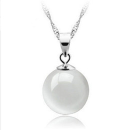 Wholesale Korean Wholesale Products - Hot Products Korean version of the fashion OL natural droplets white cat eye pendants necklaces items decorated women