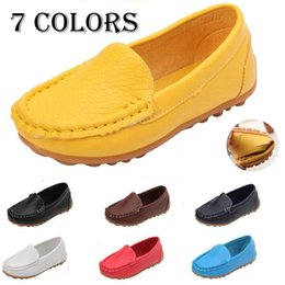 new design boy kids shoe Promo Codes - New Fashion Design Children Kids PU Leather Boat Shoes Slip on Casual Flats Shoes Boys and Girls Shoes Kids Toddler