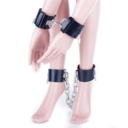 metall kettenbegrenzungen Rabatt Schwermetallkette PU Leder Handfesseln Beinfesseln Set Erotikspiele Sexspielzeug Sklavenfetisch Bondage Fesseln Handgelenk Fußfesseln