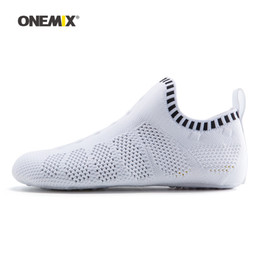 Wholesale shoes fitness - ONEMIX Men Wading Upstream Sock Shoes For Women No Glue Gym Fitness Sneakers Indoor Yoga Sports Shoe Outdoor Barefoot Running Walking Sandal