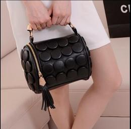 Wholesale ladies fringed handbags - The New Cylinder Button Fringed Bag Ladies Handbag Single Shoulder Bag