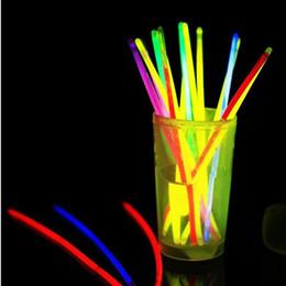 Wholesale Glow Fluorescent Light Sticks Bracelets - 100Pcs Fluorescent colorful Bracelets Light Glow Stick Wedding Christmas Party Light Up Toys Concert flash Night Sticks