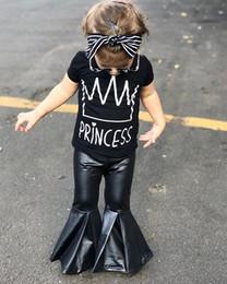 Moda 2018 Bebek Kız Giyim Setleri Çocuklar Kız Kısa Kollu Mektubu Baskı T Shirt Tops + Siyah Deri Flare Pantolon Butik Kız Suit 1-5 T supplier girl fashion leather pants nereden kız moda deri pantolon tedarikçiler