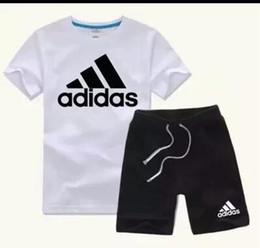 2019 nuevo estilo de ropa para niños Nuevo estilo Niños Tops + Pantalones Trajes Ropa de moda para niños Conjunto Trajes deportivos para niños Marca Niños Ropa rebajas nuevo estilo de ropa para niños