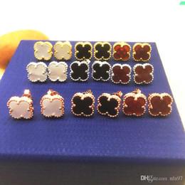 Nouvelle mode 3 couleurs Lucky Clover Stud boucles d'oreilles pour les femmes Or rose / Or / Argent Couleur Jolie boucle d'oreille bijoux de mode pour fille Livraison gratuite !! ? partir de fabricateur