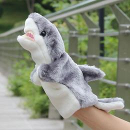 2019 bambole di mano Shark Shape Peluche Giocattoli Shark Hand Puppet Baby Bambini Bambino Developmental Soft Shark Hand Dolls Gioco interattivo Giocattoli 28cm sconti bambole di mano