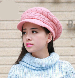 2019 продажа вязаных беретов Горячие продажи женщин берет Hat крючком теплые зимние шапки женщин вязаная шапка головные уборы новая мода 2018 Зимняя шляпа скидка продажа вязаных беретов