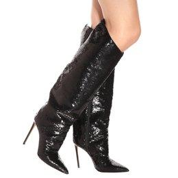 Стильные ботинки онлайн-Острым Носом Высокий Каблук Черный Блестками Колено Сапоги Женщины Блестками Стилет Каблук Длинные Сапоги Стильные Дамы Большой Размер