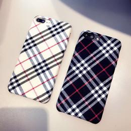 2019 iphone britisch YunRT plüsch stoffe telefon case für apple iphone x 8 7 6 s 6 plus fällen britischen stil gestreiftes muster warm plüsch rückseitige abdeckung coque günstig iphone britisch