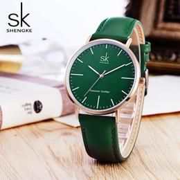 nuovi orologi shanghai Sconti 2018 nuove donne di lusso orologi shengke vera pelle orologio al quarzo delle donne di modo semplice orologio da polso orologio per regalo reloj mujer y1890304