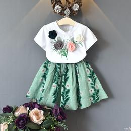 2019 kleid t-shirts 2018 Sommer Kinder Mädchen Kleidung Set Rose Blume 3D T Shirts Röcke Baby Kleidung Anzüge Mode Kleidungsstück für Kinder günstig kleid t-shirts