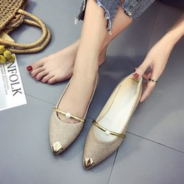 Wholesale Korean Women Casual Set - Women scoop shoes Korean spring new student low-heeled Asakuchi casual shoes fashion pointed sequins Rhinestone Set of feet single shoes