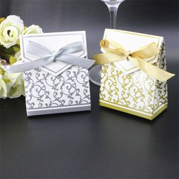 Wholesale Presents Baby - Creative Wedding Favor Boxes Golden Silver Ribbon Party Gift Candy Paper Bag Baby Shower Present Wrap Bags Hot Sale 0 17kt YY