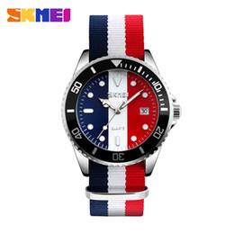 Wholesale Colour Strap Watches - SKMEI Hot Sale Lovers Watches Men Fashion Couple Watch 2018 Nylon Strap Ladies Colour Quartz Wristwatch Luxury Brand 9133