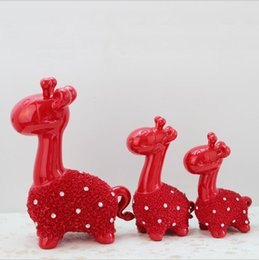 Wholesale Giraffe Lighting - Three Cute Giraffes Statue Resin Crafts Modern Home Decoration Little Gifts for Children Adorable Decorate Free Shipping