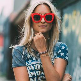 Wholesale Good Female - 2018 Newest Brand Design Butterfly Vintage Eyewear Sunglasses Women Most Popular Good Quality hot selling Sun Glasses Female UV400 cat eye