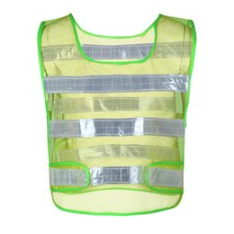 Wholesale yellow reflective vest - Outdoor Reflective Vest Workwear Provides High Visibility Day Night Running Warning Operating Safety Vest