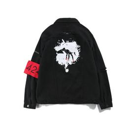 джинсовые жакеты патчи Скидка Мужская Высокая Уличная Одежда Kanye West Jeans Куртка 424 Вымытый Черный Старинные Куртки Значок Патч Письма Печати Внешний