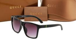 berühmte schutzbrillen marken Rabatt 10 STÜCKE Sonnenbrille Marke Designer Frauen männer Kunststoff Quadratischen Rahmen sonnenbrille Shades Brille Weibliche Berühmte Mode Sonnenbrille G2247