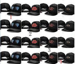 Wholesale Outdoor Snapbacks - Snake Caps Tigers Snapback Baseball Caps Leisure Hats Bee Snapbacks Blind Hats outdoor golf sports Loved hat for men women