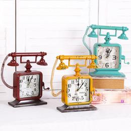 téléphone européen antique Promotion Nouveau Style Européen Antique Téléphone Styles De Bureau Horloge Creative À La Mode De Fer À La Maison relogio de mesa Unique Bureau À La Maison Horloge De Table