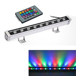 Reflectores led 12v rgb online-0.5M 9W 12W LED Wall Washer Luz de paisaje AC 85V-265V 12V 24V luces exteriores lámpara lineal de pared reflector 50cm bañador de pared