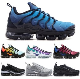 Wholesale white boot soles - Vapormax TN Plus VM Air Sole Men Women Designer Running Shoes In Metallic Newest Athletic Sport Sneakers Fashion Gradient Outdoor West Boot