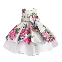 Wholesale Cute Kids Christmas Photos - Cute Floral Printed Flower Girls Dresses With Bow Kids Party Dress Little Girls Cupcake Pageant Dress