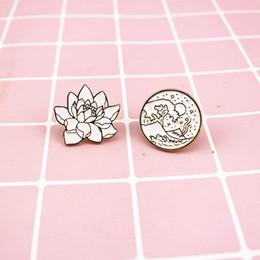 Волны круглые броши завод цветы эмаль Pin для мальчиков девочек лацкан Pin шляпа / сумка булавки джинсовая куртка рубашка женщины брошь знак Q270 от Поставщики джинсовые сумки
