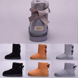 marineblau schuhe mädchen Rabatt UGG Australia Boot WGG Winter-Schnee-Frauen-Stiefel-Australien-hohe kurze Knien-Knöchel-Stiefel-Schwarz-Grau-Marine-Blau-Kastanien-Mädchen-Dame Fashion Outdoor Shoes Größe 36-41