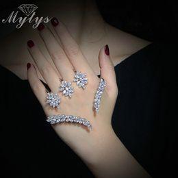 Mytys Pflanzen Design Kristall Blume Blatt Palm Armband Silber Farbe Hand Palm Schmuck Neue Trendy Handlets Für Frauen R1116 von Fabrikanten