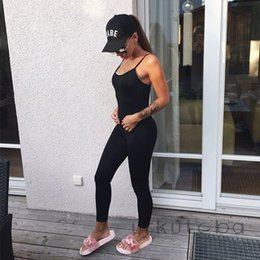 женщины горячей тренировки одежды Скидка Woman One Piece Fitness Sleeveless Slim Suit Workout Jumpsuit Hot Solid Backless Jumpsuit Skinny Women Clothing