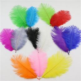 15 inch feathers online-Pluma de avestruz 100 unids / lote 15 -20cm Suministros para banquete de boda de alta calidad 6 -8 pulgadas Plumas de avestruz Plumes