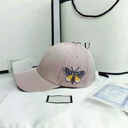 2d3293b21d00e Satış moda kelebek şapkalar satılık - Yeni Moda Kelebek Basebal Kap Lüks G  Tasarımcı Nakış Topu