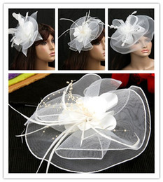2018 Yeni Coming Gelin Net Tüy Firkete Beyaz Deniz Şapka Saf El Yapımı Çiçekler Düğün Performans Şapkalar Büyük Olay Aksesuarları nereden