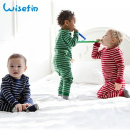 pijamas de natal para crianças 3t Desconto Wisefin Newborn Sleepsuit Menina Pijamas Inverno Listrado Da Criança Do Bebê Menino Sleepwear Primavera Manga Longa Infantil Camisola Para Unisex