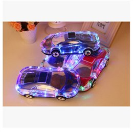 2019 altavoces de coche de audio de cristal Altavoz portátil Bluetooth Wieless Colorido Cristal LED Luz Mini Coche Forma Amplificador Altavoz Soporte TF FM MP3 Reproductor de música MIS184 altavoces de coche de audio de cristal baratos