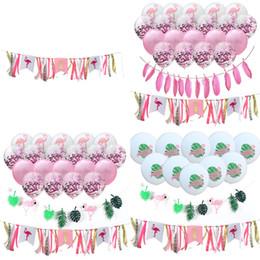 Decorazione della piuma del nastro online-1 Set Flamingo Ribbon Dining Chair Feather Bunting Hawaiian Tropical Balloon Birthday Party Anniversary Decorazione del partito