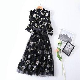 Wholesale Floral Pyjamas - 2018S S Fashion Printed Three-Quarter Sleeve Pyjama Neckline With Floral Print Dress Belt Detail Lady Long Midi Dresses S4Q071335