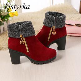 a61435dece Kjstyrka botas botines mujer 2018 alta qualidade Moda elegante plush zipper  mid-bezerro Mulheres botas plataforma senhoras bota feminina desconto moda  ...
