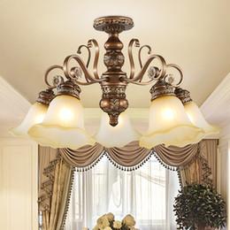 Wholesale Luxury Classic European Living Room - Pendant lamps European resin pendant chandelier light elegant luxury classic American royal fancy led pendant lighting with free bulbs