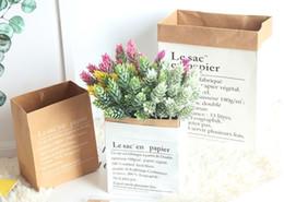 2019 puestos de plantas modernas Bolsa de papel Kraft Caja de regalo Papel duradero Florero de flores Decoración Mesa de comedor decorada Caja central Detalles para el hogar Sala de estar Planta Macetas para flores