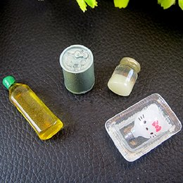 Wholesale Dollhouse 12 - craft Tanduzi 100pcs Wholesale Kawaii Simulation Food 3D Olive Oil Bottle DIY 1:12 Dollhouse Miniature Decoration Resin Crafts