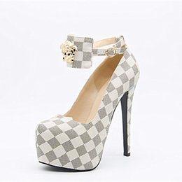 Moda deco online-Kolnoo New Goods Handmade Womens High Heel Pumps Metal Deco hebilla de la correa del dedo del pie redondo de la plataforma vestido de fiesta Sexy Fashion Shoes X1703