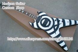 2019 guitarras electricas voladoras Custom Shop G Zakk Wylde ZV guitarra Flying V guitarra eléctrica Bullseye China instrumentos musicales en stock para la venta rebajas guitarras electricas voladoras