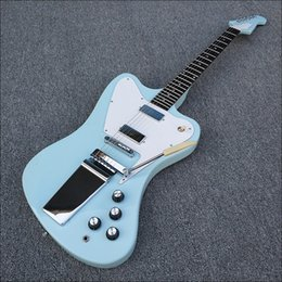 Custom Shop Vintage Non Reverse Feuer Thunderbird Hellblaue E-Gitarre Lange Version Maestro Vibrola, Weiß Pickguard, Chrome Hardware von Fabrikanten