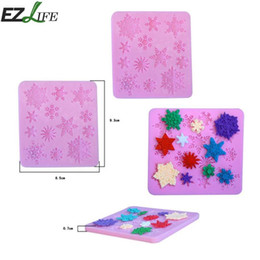 fondant snowflakes Promo Codes - EZLIFE 1pcs Snowflake Silicone Cookie Mold 3D Sugarcraft Chocolate Pudding Mould DIY Fondant Snowflake Cookie Mold CHW4028