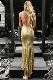 Vestidos Sexy ouro lantejoulas Vestidos V-Neck Abrir partido Prom Voltar nivelam o desgaste Abendkleider Woemn vestidos formais baratos de Fornecedores de vestido de gala de cetim vermelho vestido