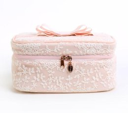 Wholesale hot makeup styles - 2018 New style hot Waterproof Women Travel Cosmetic Bag Organizer Makeup Case Pouch Toiletry Make Up Bag men's shose bag D1802